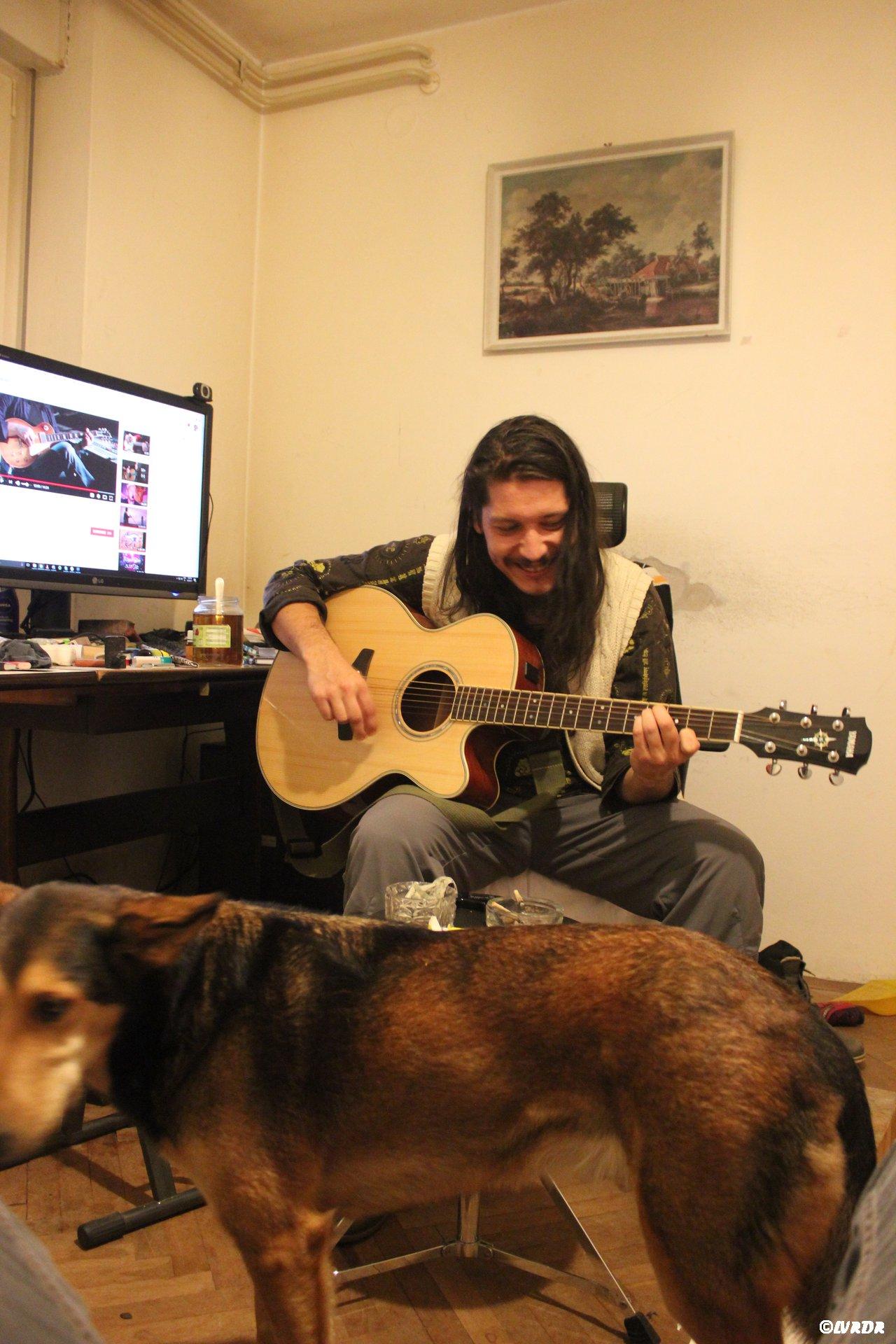 Primoze et sa guitare